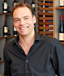 Klaus Peper aus dem Ludwig von Kapff Weinlager Speicher I