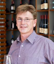 Willi Mohrmüller aus dem Ludwig von Kapff Weinlager Eimsbüttel