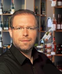 Sebastian Hewel aus dem Ludwig von Kapff Weinlager Bremerhaven