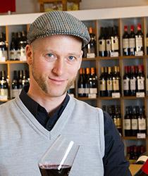 Jan Lipka aus dem Ludwig von Kapff Weinlager Eimsbüttel